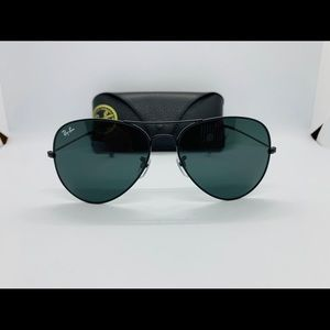 Ray-Ban Aviator Black Frame & Black Lens RB3026